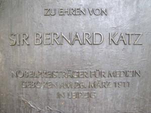 Titel der Denkmal-Inschrift